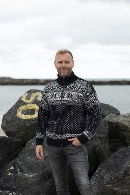 Wool cardigan from Norway in 100% wool